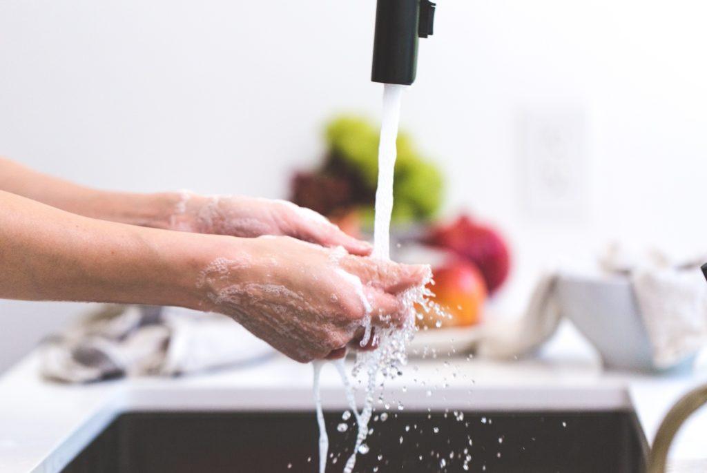 Tout savoir pour bien choisir son sèche-mains